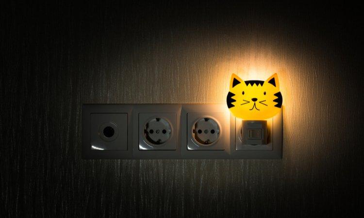 naktslampina bernu istaba