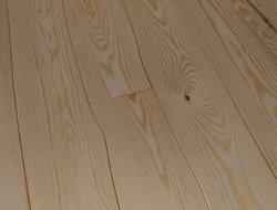 Līklīniju koka grīdas segumu i