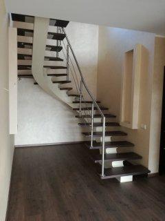 Kāpnes mājai